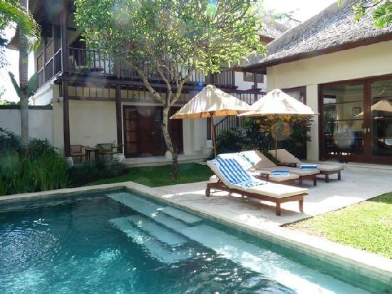 Karma Jimbaran: Poolside exclusivity