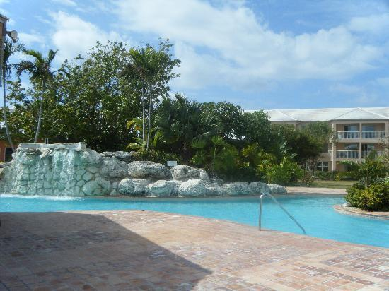 Island Seas Resort: pool