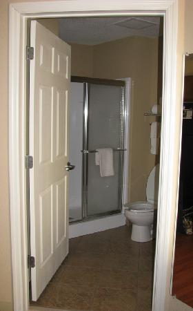Candlewood Suites Alabaster: bathroom
