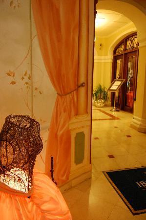 IBEROSTAR Grand Hotel Trinidad: Hotel entrance