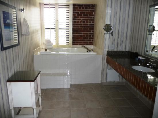Argonaut Hotel A Le House Huge Bathroom With Hot Tub