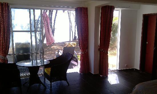 Sari Pacifica Hotel, Resort & Spa Sibu Island: room