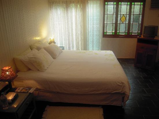 Lilybank Bed & Breakfast: Cottage Bedroom