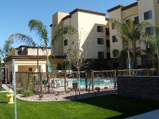 Residence Inn Phoenix NW/Surprise: Outdoor Pool