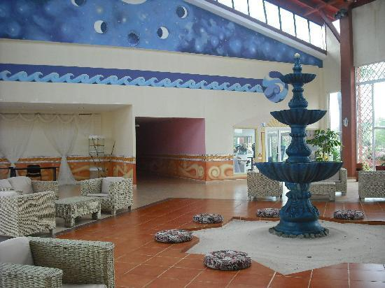TRYP Cayo Coco: Foyer of the Acquavida Spa
