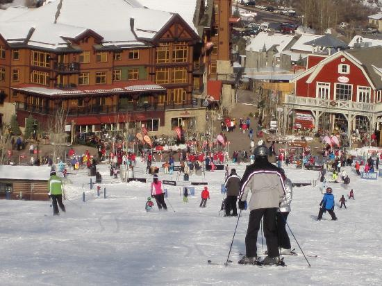 Snowmass Village, CO: Snowmass mall from the slope