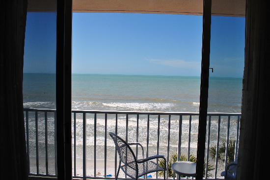 Doubletree Beach Resort by Hilton Tampa Bay / North Redington Beach: Gulf View
