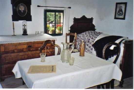 Wallachian Open Air Museum: interieur of the wooden houses