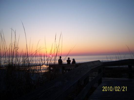 Jacksonville, FL: sunrise at the beach behind our volunteer post