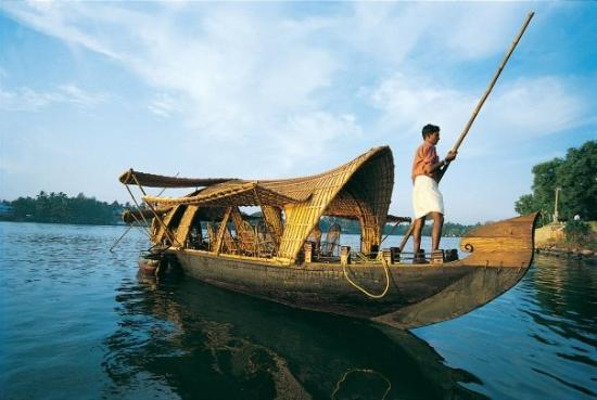 Alappuzha, India: small house boat at alleppy