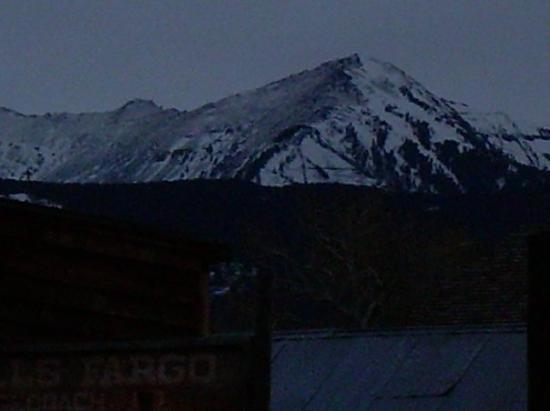 Bozeman, MT: Mountains at twilight
