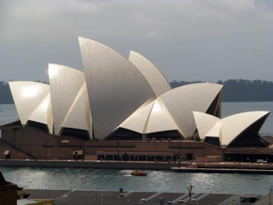 Sydney Opera House: It was a hell of a lot bigger than I had imagined it would be.