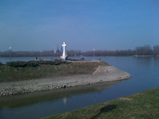 Vukovar, Kroatia: ušće vuke u dunav