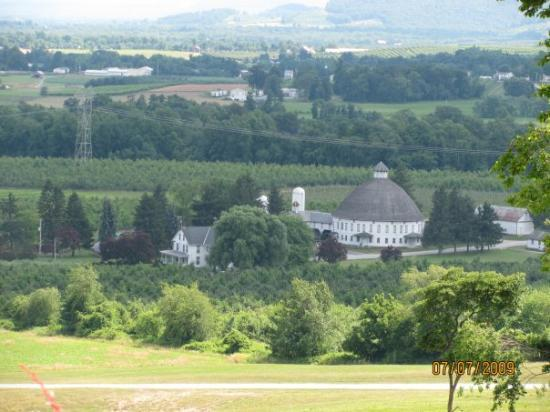 Gettysburg, PA: View of the barm from hauser winery