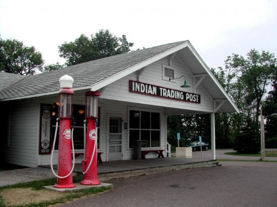 Garrison, MN: Mille Lacs Indian Trading Post