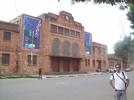 Sucre, Bolivia: Estación Presidente Arce.