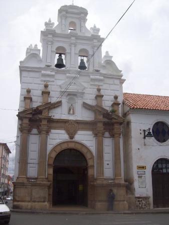 Sucre, Bolivia: Hospital Santa Bárbara, construído en 1559.