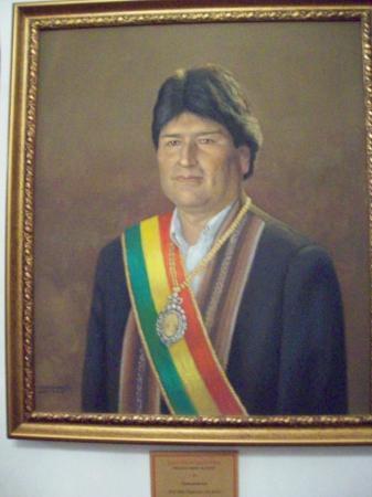 Sucre, Bolivia: Retrato del Presidente Evo Morales en la Casa de la Libertad.