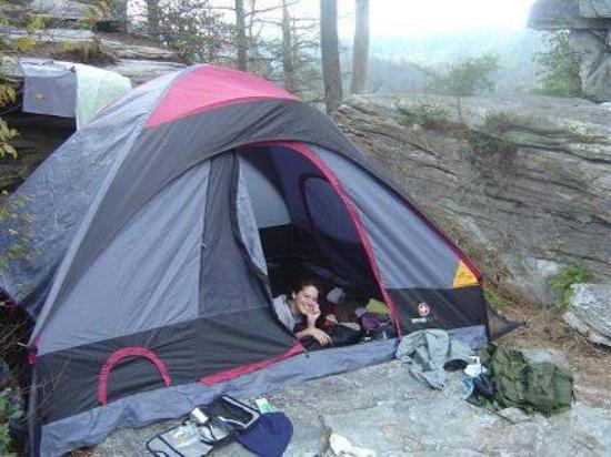 Morganton, Βόρεια Καρολίνα: This is our campsite down at the bottom of Babel's Tower  lynville gorge, nc (Babels tower)  200