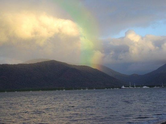 Cairns, Australia: Rainbow in the harbour