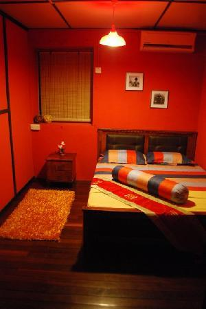 ThreeHouse Bed & Breakfast: Double room