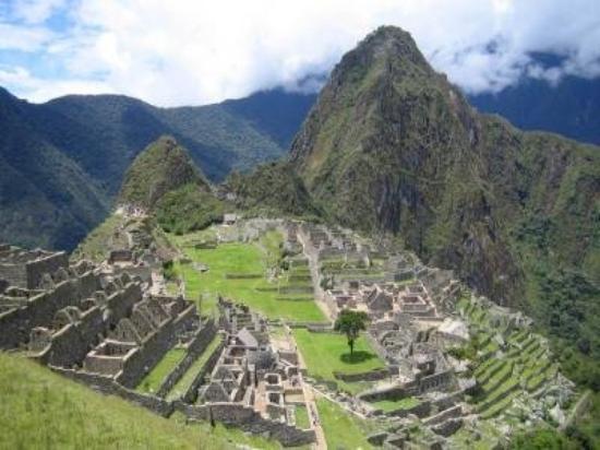 Gate of the Sun (Intipuncu): MACHU PICHU PERU