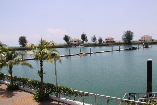 Avillion Admiral Cove: The Marina View