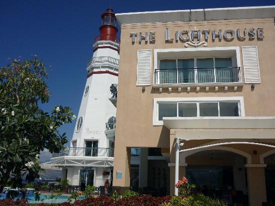 The Lighthouse Marina Resort: The Lighthouse Marina