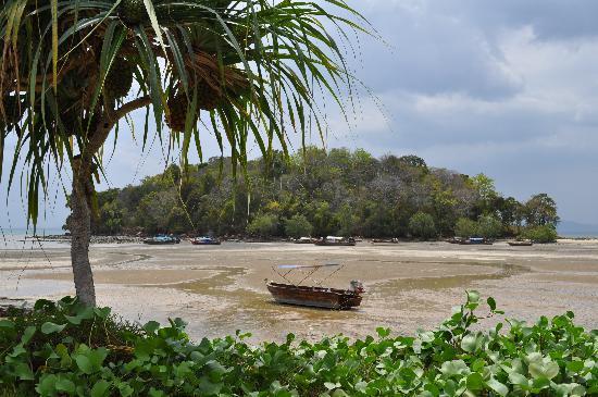 Nakamanda Resort & Spa: Petite île juste en face