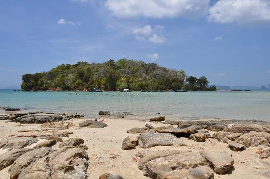Nakamanda Resort & Spa: Petite île à marée haute