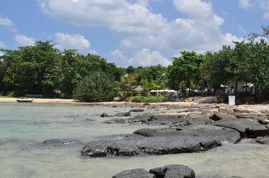 Nakamanda Resort & Spa: Baie devant l'hôtel