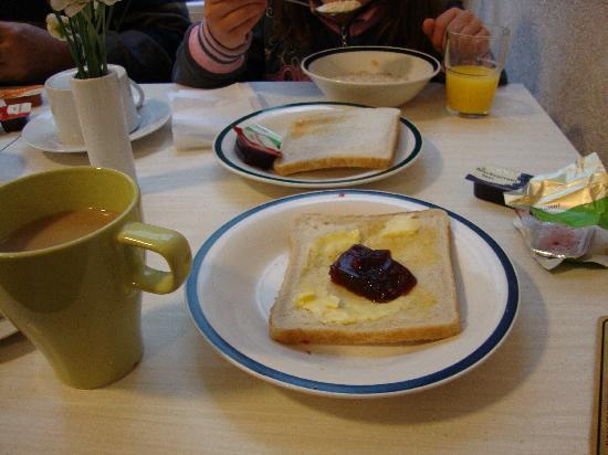 breakfast at corbigoe hotel london