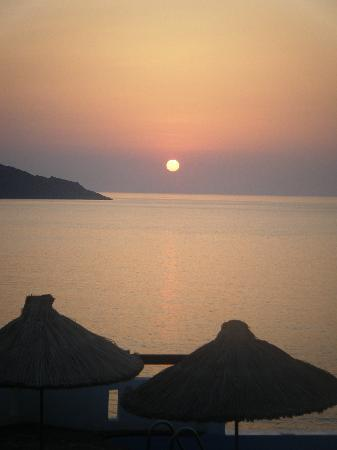 Tui Sensimar Elounda Village Resort & Spa by Aquila: dawn from balcony not to be missed
