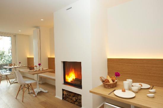 Urbanrooms: Working Fireplace