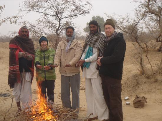 Vinayak Guest House: Getting warm with some of the Raika camel men.