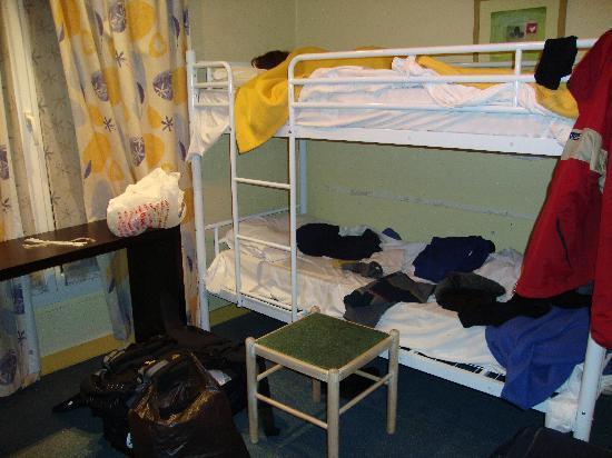 dorm vintage hostel paris