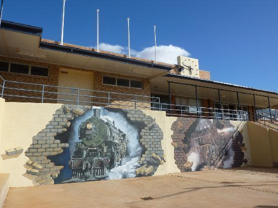 Duke of Cornwall Inn: Broken Hill Railway Station