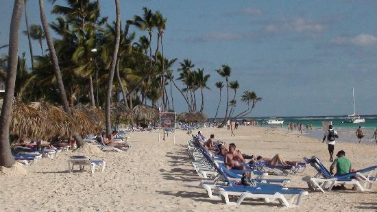 Punta Cana Princess All Suites Resort & Spa: Beach 1