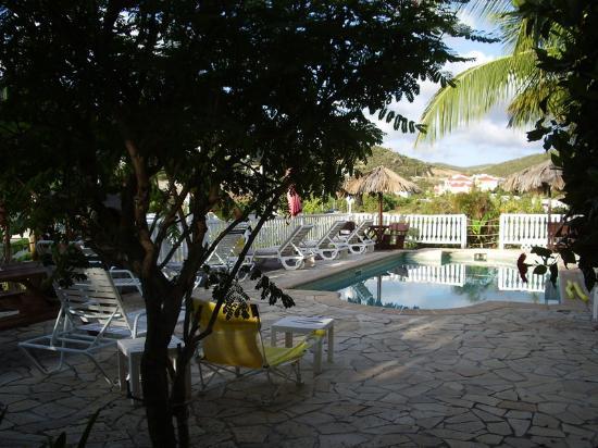 La Caravelle: vue sur la piscine