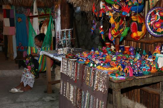 Xcaret Eco Theme Park: Handmade stuff
