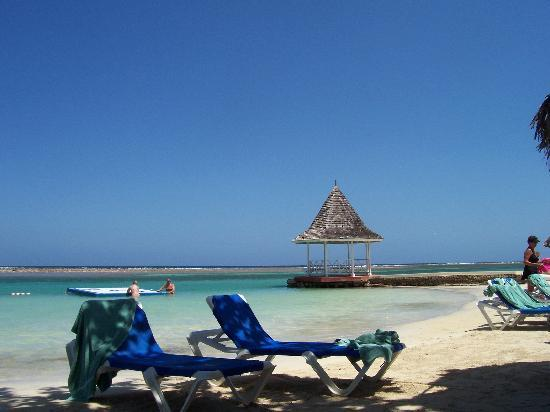 Sandals Royal Caribbean Resort and Private Island: A little piece of Paradise!