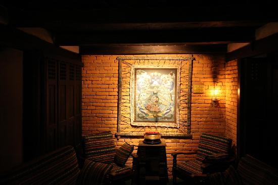 The Old Inn: A beautiful piece of art used to decorate the place