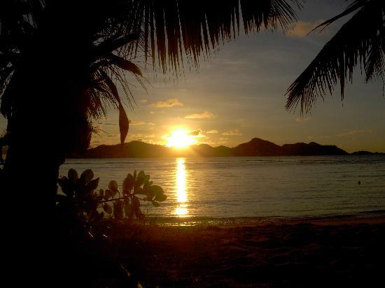 La Digue Island Lodge: Spiaggia - La Digue Isalnd Lodge