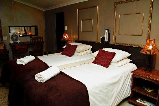 De Haven Oost Country Estate and Tourism Village: Cultural Luxury Suite B (Family Unit)