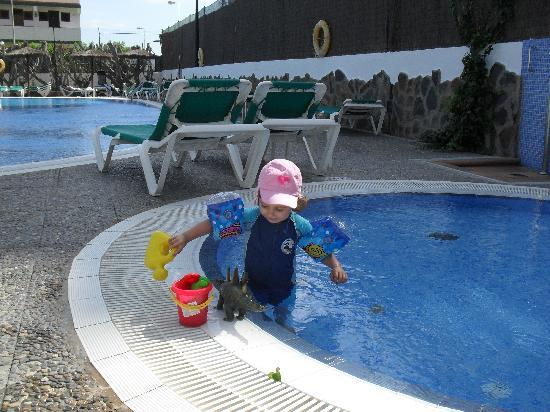 Beverly Park Hotel: our little one in small pool 4 kids