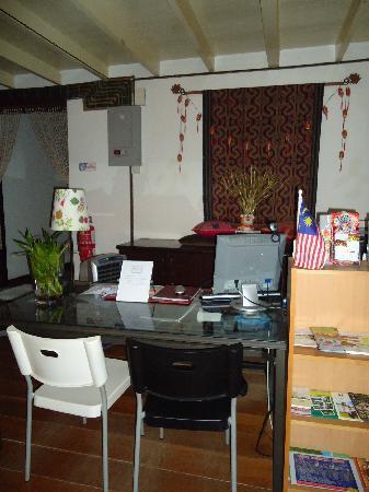 Number Twenty Guest House: reception area