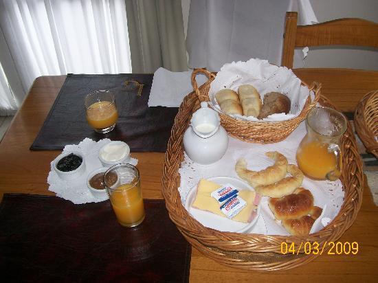 Apart Hotel La Galeria: desayuno!