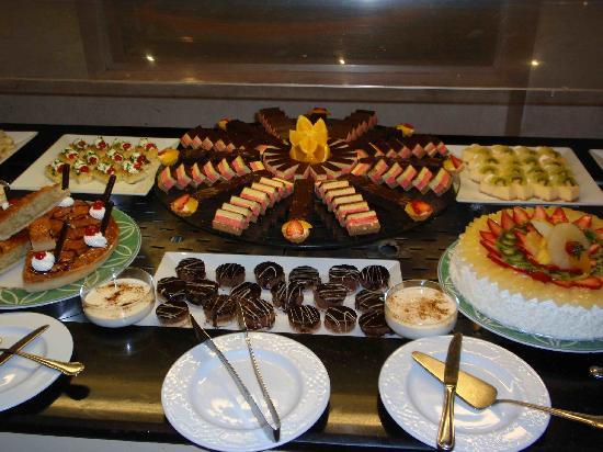 Magic Tulip Beach Resort: Buffet di Dolci
