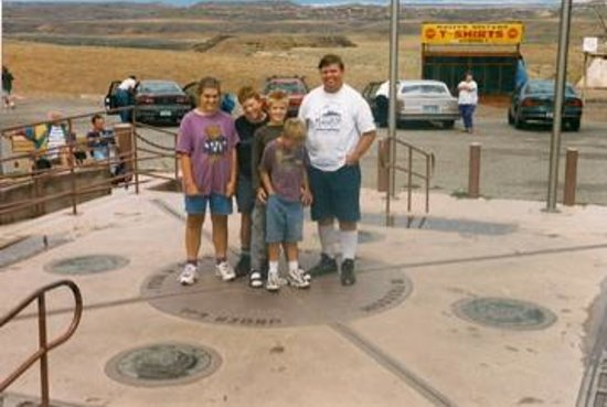 Four Corners Monument: everyone in a different state