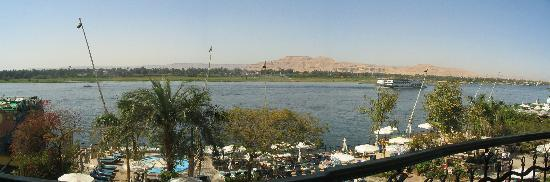 Steigenberger Nile Palace Luxor: View of Nile from balcony